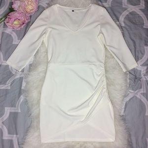 Dresses & Skirts - Beautiful ivory cocktail dress